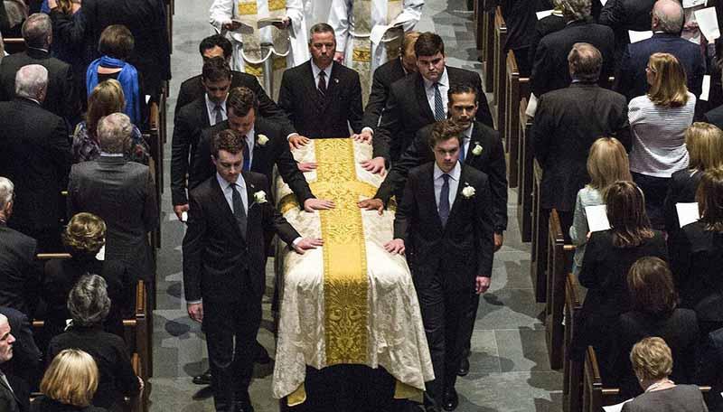 مراسم تشییع جنازه مادر جرج بوش + عکس