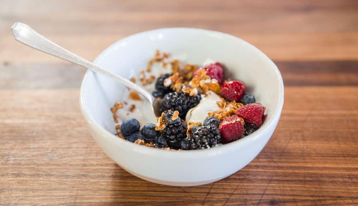 مبارزه با افسردگی ناشی از کاهش سروتونین با 7 گزینه غذایی