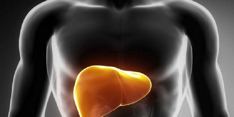 نشانههایی که به شما میگوید هپاتیت دارید