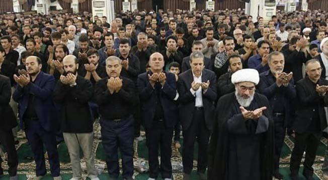 ویژگی متفاوت نماز جمعه بوشهر + عکس