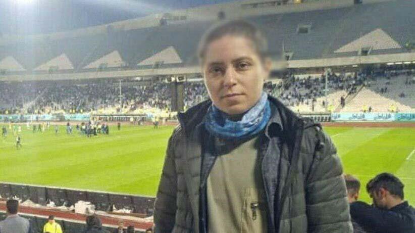 دختری با موهای کچل در استادیوم آزادی! + عکس