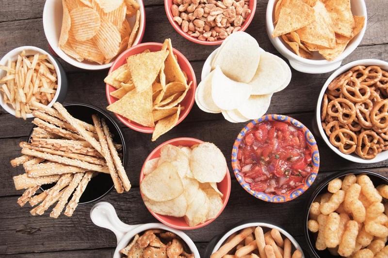 خوراکی هایی که آب بدن را کم می کند