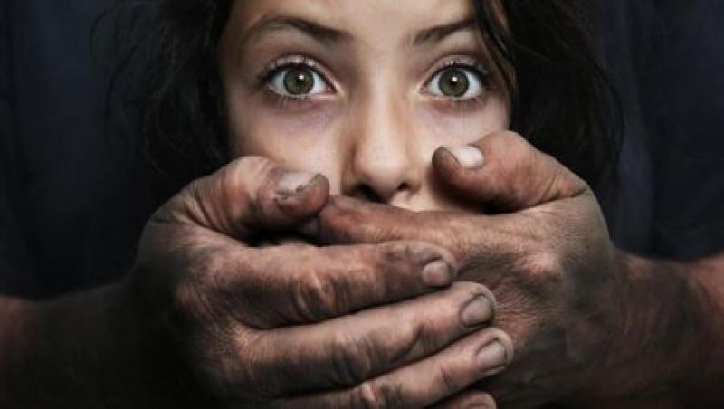 کودکان آزاردیده ماهشهری نزد عموی خود هستند