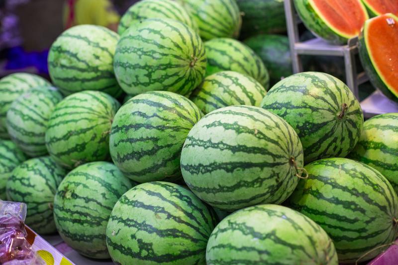 هندوانه نبریده را داخل یخچال نگذارید