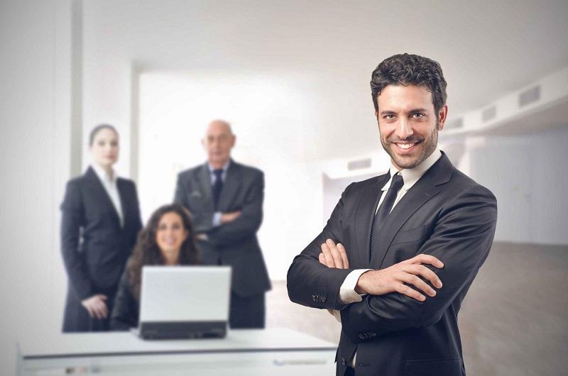 نگاهی به میز کار هفت مدیر موفق در مشاغل مختلف جهان