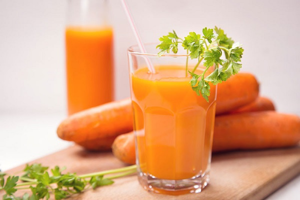 خواص آب هویج تازه