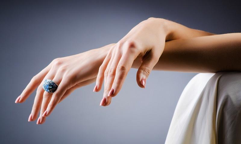 مراقبت از پوست دست با نکاتی که دستان شما را زیباتر جلوه میدهد