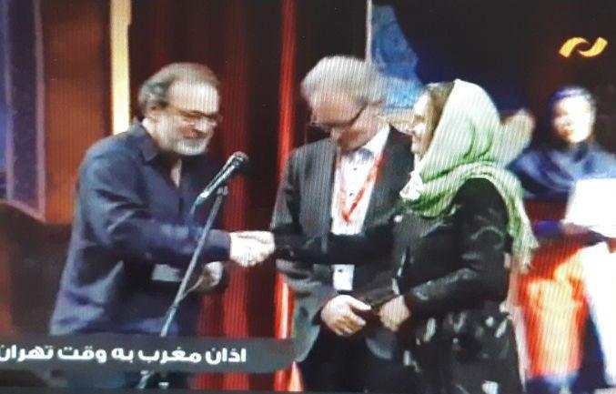 دست دادن خانم و آقا در جشنواره فجر! + عکس