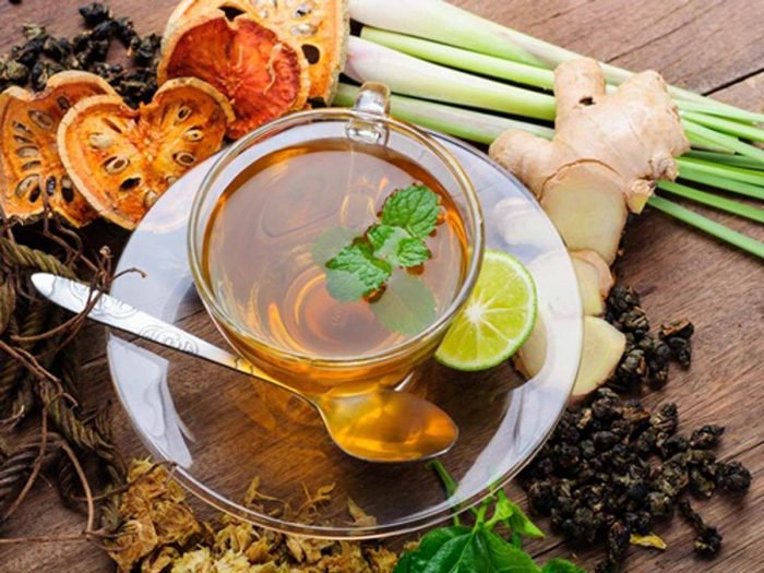 چگونه یک چای گیاهی لاغرکننده درست کنیم؟