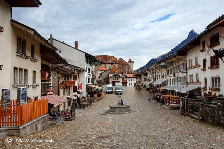 زندگی قرون وسطایی در دهکده سوئیسی + عکس