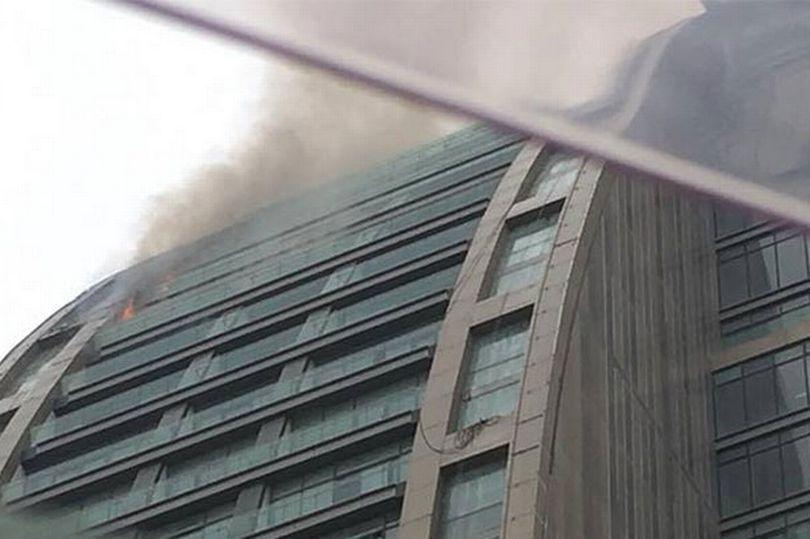 برج ترامپ در جمهوری آذربایجان آتش گرفت + عکس