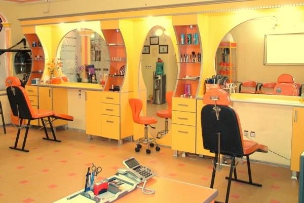 دخالت آرایشگاه ها در حوزه پزشکی جرم است