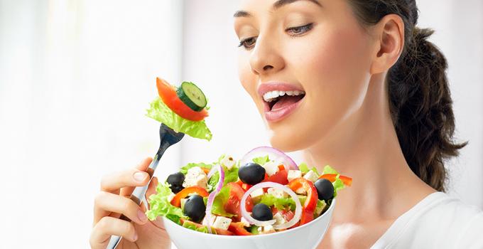 6 خوراکی ضروری برای مراقبت از سلامت خانمها