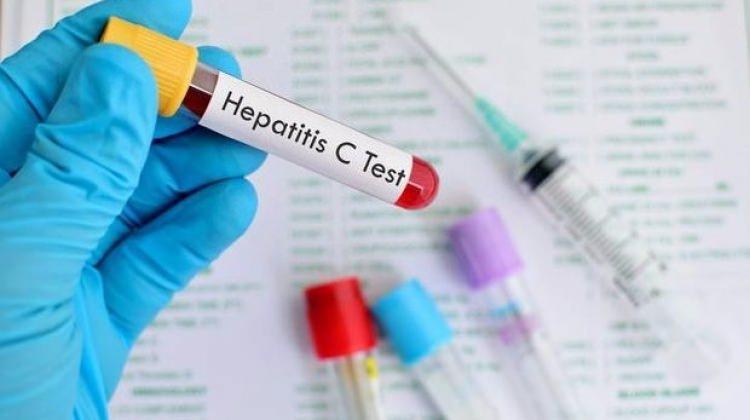 چه افرادی در معرض خطر هپاتیت هستند؟