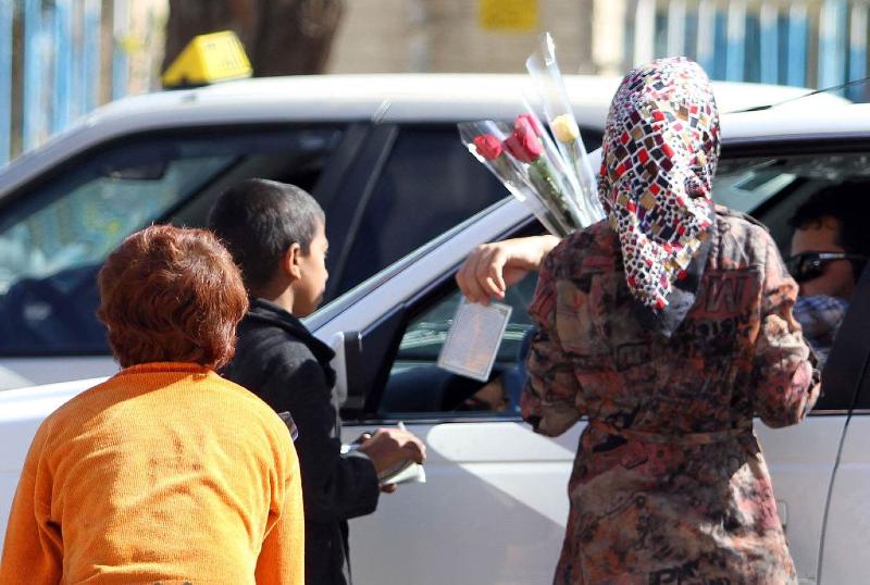 کودکان کار و خیابان تهران خدمات دندانپزشکی دریافت میکنند