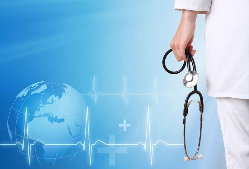نظام سلامت باید به سمت مردم حرکت کند