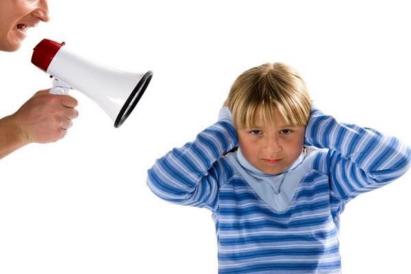 پیامدهای افراط درتذکر و درس اخلاق به نوجوانان