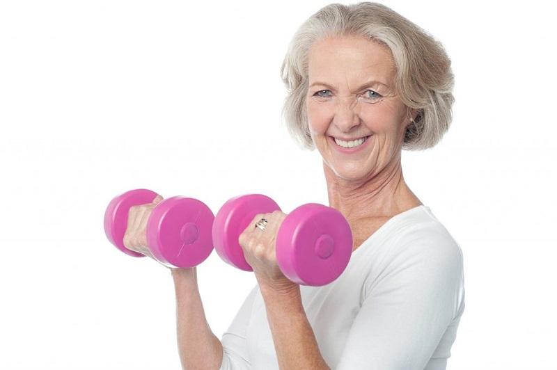 بهترین تمرینات و ورزش بازو برای خانم ها