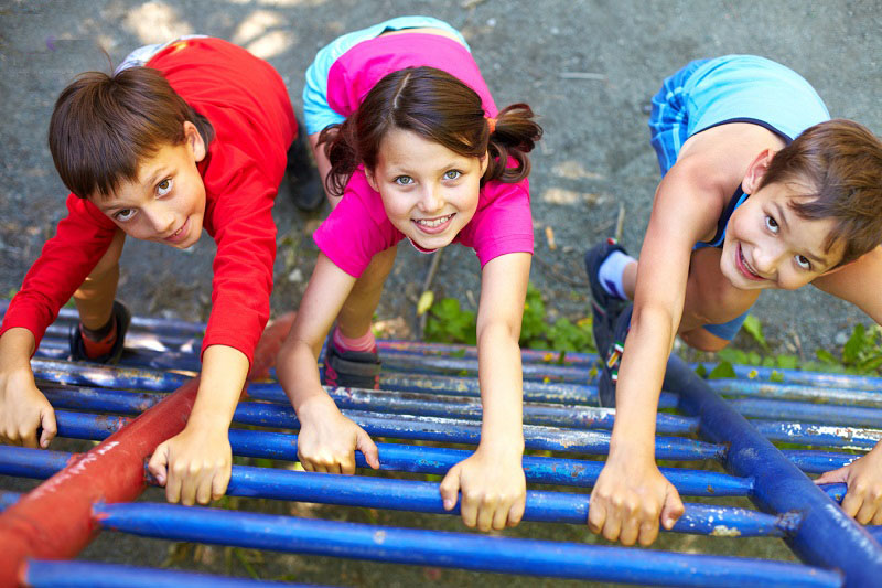 چگونه فرزندانی شاد داشته باشیم؟