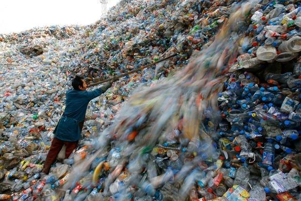 خرید روزانه2میلیون و ۵۰۰هزاربطری پلاستیکی درتهران
