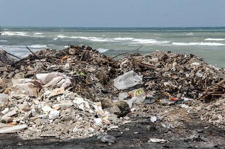 سرنوشت زباله در مازندران به دریا و جنگل ختم میشود