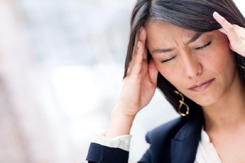 آیا می دانید چه عواملی باعث بروز سردرد می شوند؟