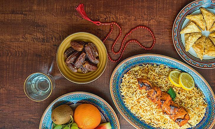 بهترین غذاها برای افطاری و سحری