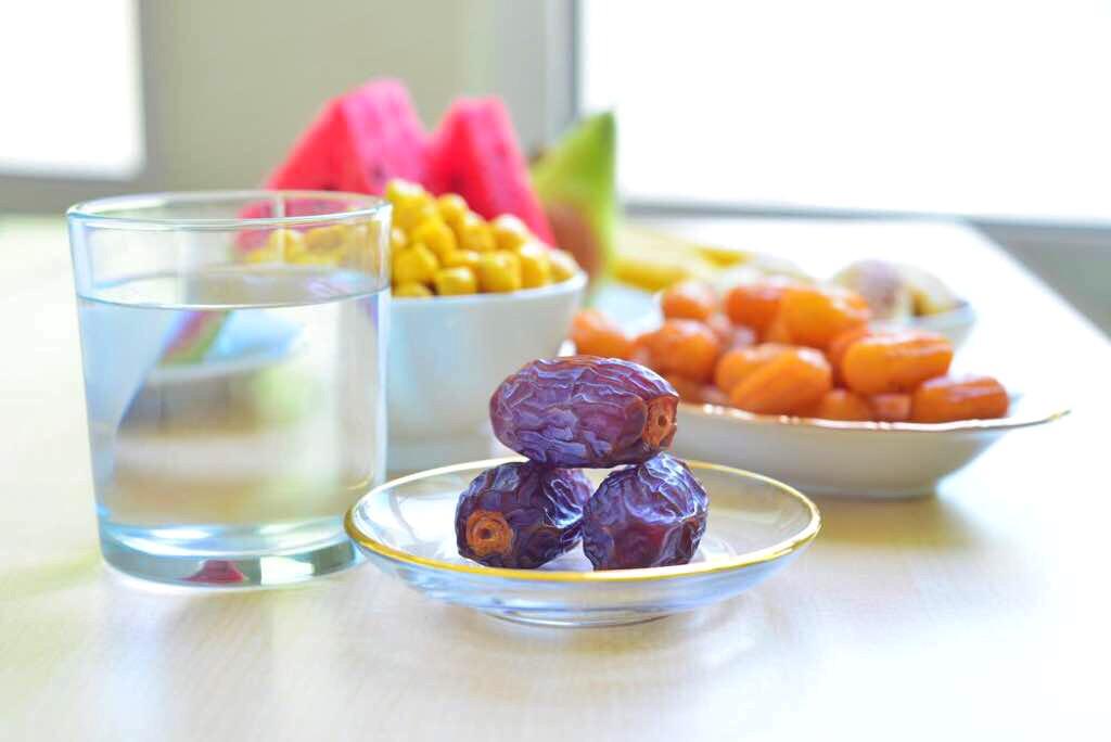 بهترین راه های ساده تحمل تشنگی در ماه رمضان + جزییات