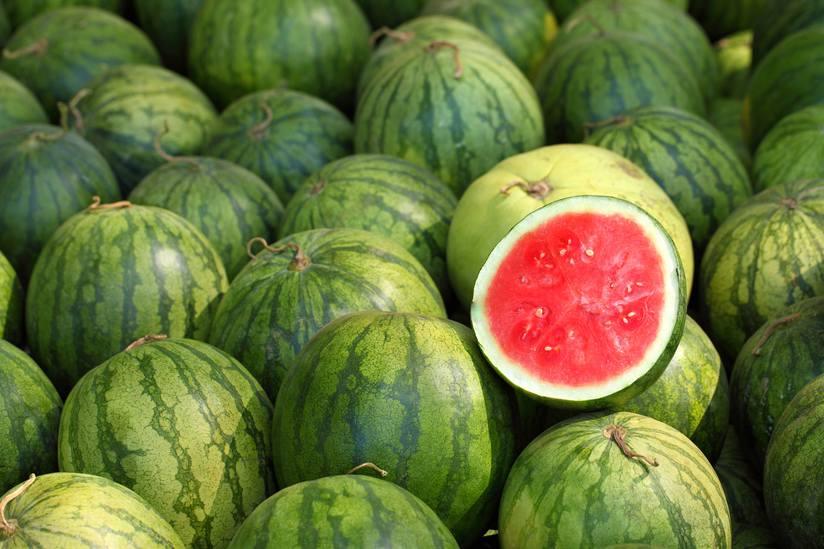 چطور هندوانه شیرین و آبدار را تشخیص بدهیم؟
