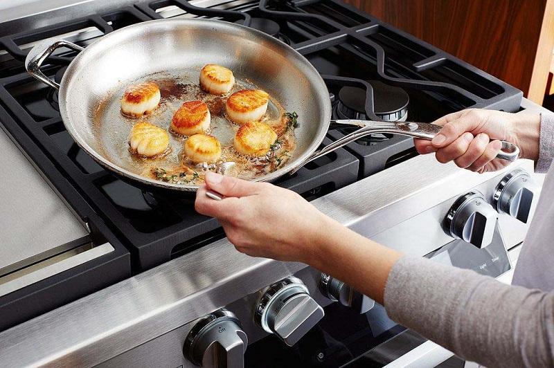 تمیز کردن ظروف استیل با این ۵ ترفند ساده