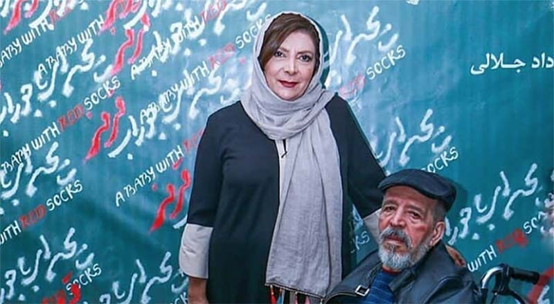 بازیگر معروف تلویزیون روی ویلچر + عکس
