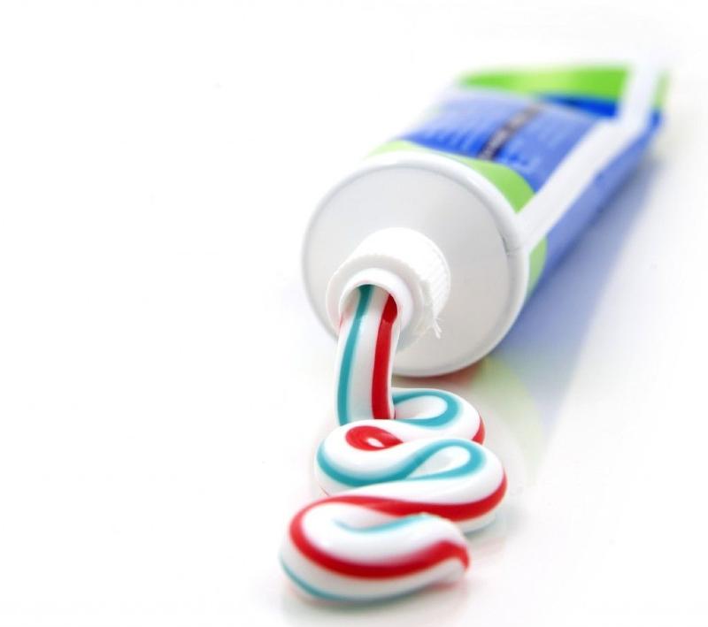 کاربردهای شگفتانگیز خمیر دندان
