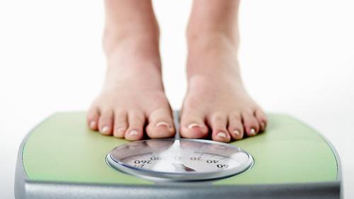 چه بیماریهایی باعث کاهش وزن ناگهانی میشوند؟