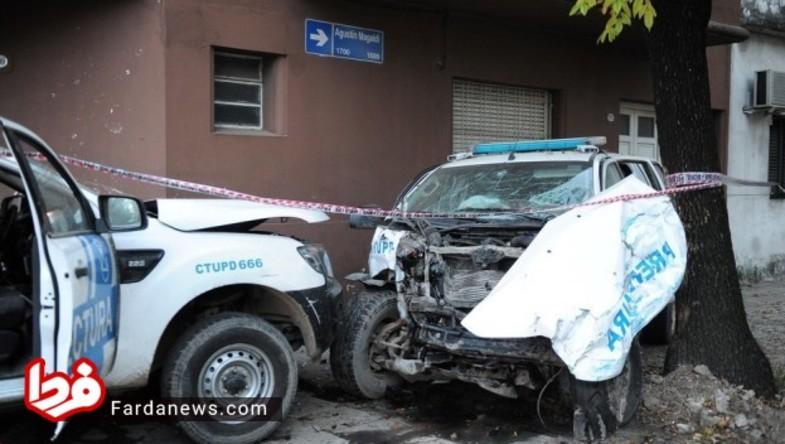تصادف شدید دو خودرو پلیس با هم! + عکس