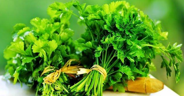 این سبزی  برای رفع سردی معده و شادابی پوست بینظیر است