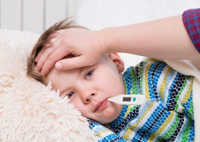 بهترین راه های طبیعی برای کاهش تب بدن
