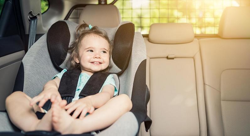 هشدار؛  در تابستان خودروی خود را با سرنشین پارک نکنید