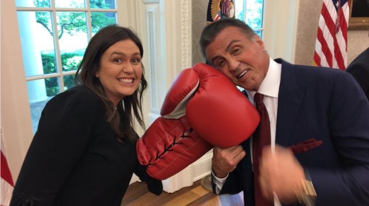 مشت زنی سخنگوی کاخ سفید به صورت بازیگر معروف! + عکس