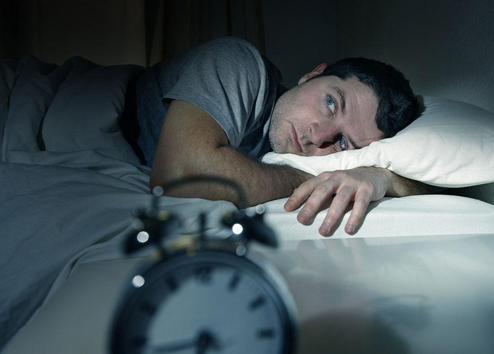 بی خوابی های شبانه را اینگونه به زانو درآورید+توصیه ها