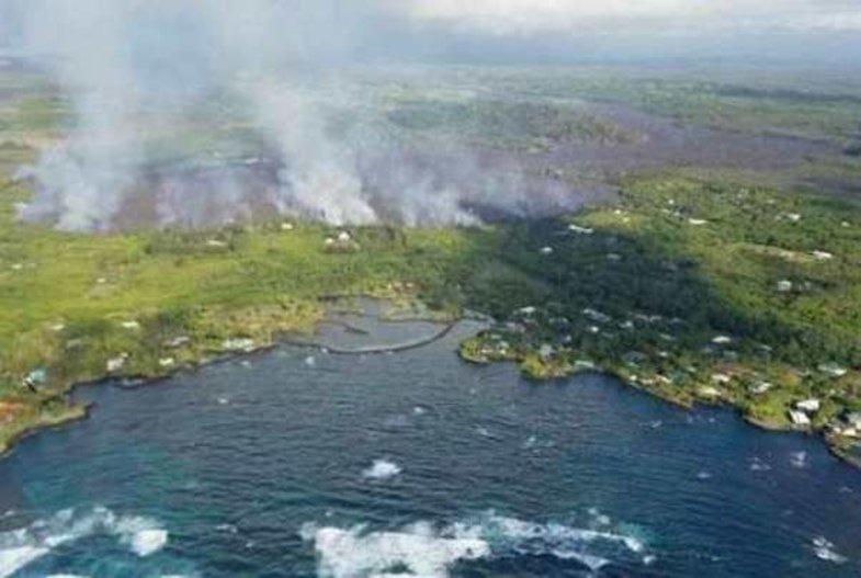 گدازههای آتشفشانی بزرگترین دریاچه هاوایی را تبخیر کرد! + تصاویر