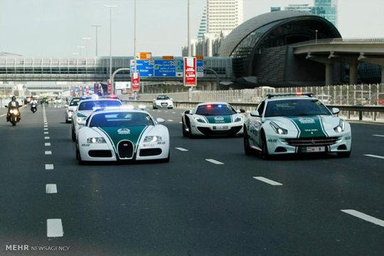 خودروهای عجیب و غریب پلیس امارات  + عکس