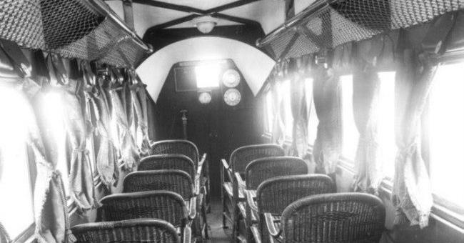 صندلیهای یک هواپیمای مسافربری در ۹۲ سال قبل + عکس