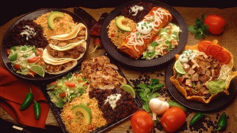 چرا نباید غذاهای حجیم، سنگین، پرچرب و سرخ شده خورده شود