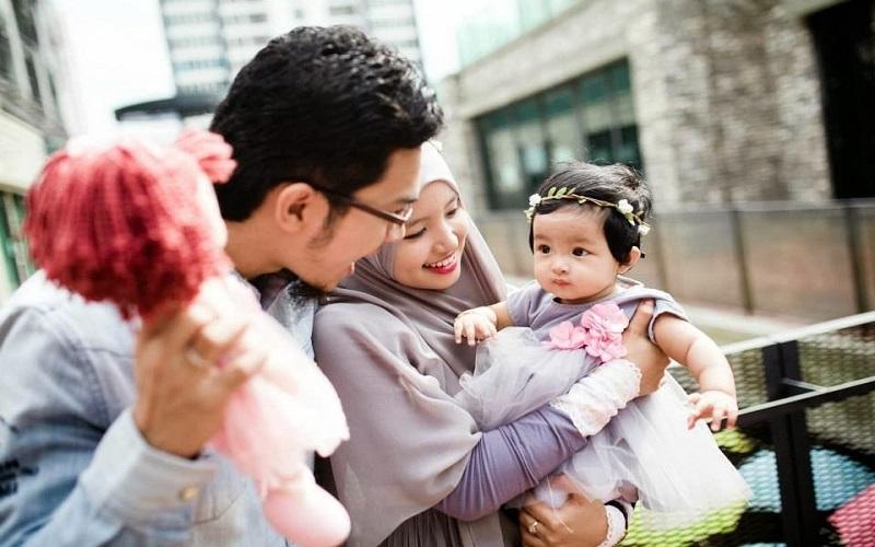 دوست داشتن فرزندان در کلام رسول اکرم(ص)