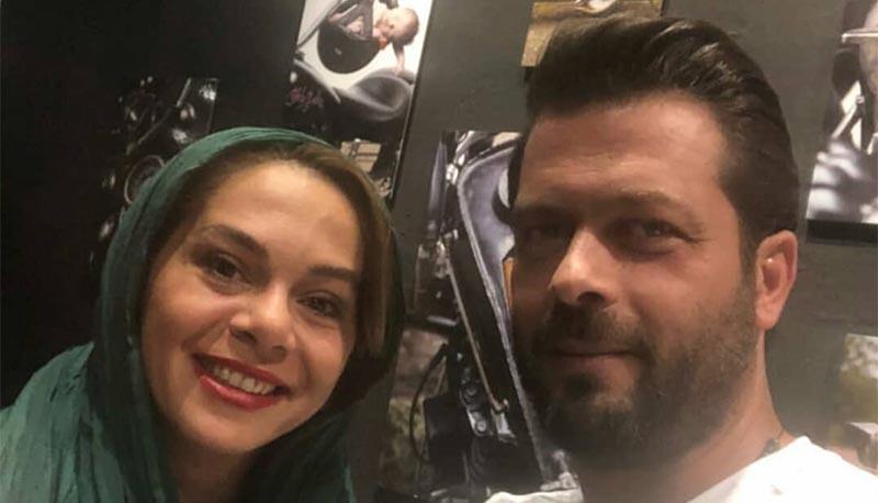 پژمان بازغی و همسرش در حال تشویق تیم ملی + عکس