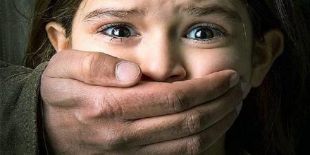 نگران زیرپا گذاشتن کرامت دختران ایرانشهر باشید
