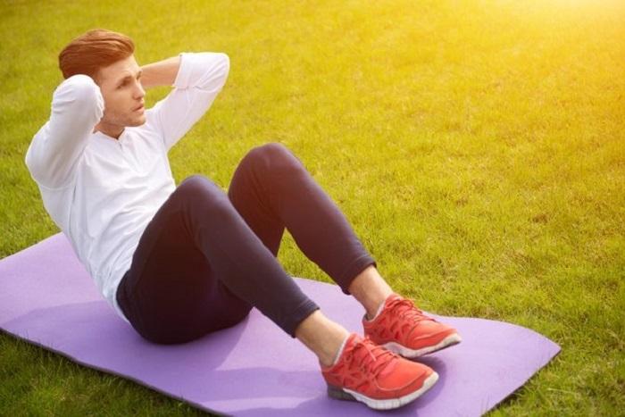 یبوست را با چند حرکت ساده ورزشی درمان کنید