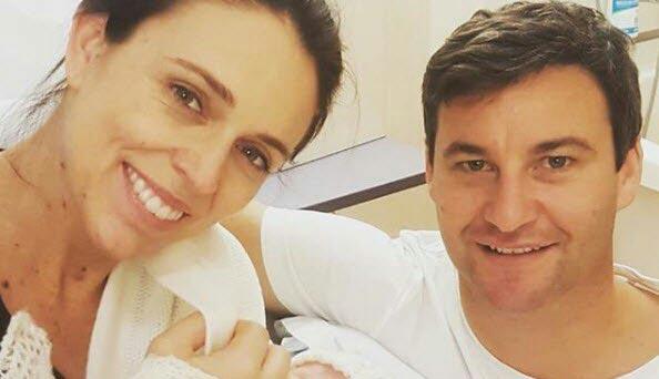 نخستوزیر نیوزیلند مادر شد + عکس