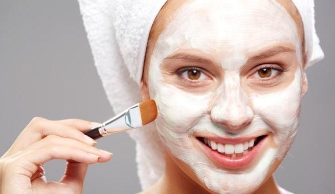 ماسکهای خانگی برای کاهش چروک دور لب