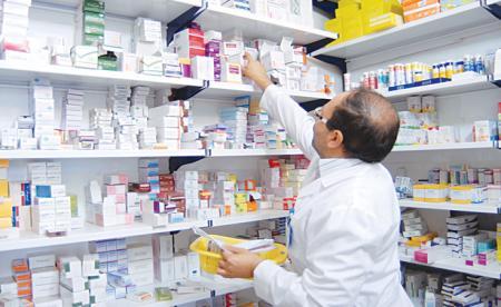 بیمهها در نسخ بیماران دست نبرند